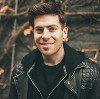Go to the profile of Hoodie Allen