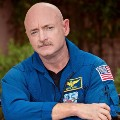 Go to the profile of Mark Kelly