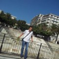 Go to the profile of Yanis Chelouah