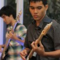 Go to the profile of Vincent Aulia