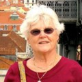 Go to the profile of Suzanne Semsch