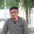 Go to the profile of Reza Septian