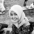 Go to the profile of Nafisa Diniwati