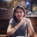 Go to the profile of Riel M