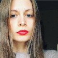 Go to the profile of Yana Yelina
