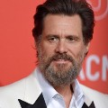 Go to the profile of JIM CARREY