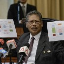Bungling AG Gives Away MORE EVIDENCE At Press Conference Meant To Clear Najib! EXCLUSIVE