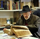 Umberto Eco on Unread Books in a Personal Library