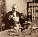 The 2 Lessons Every Entrepreneur Can Learn From Thomas Edison