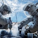 Does the climax of the movie 'Gravity' violate simple physics?
