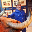 Adiós to the last firefighting bullfighter and his seven dwarves