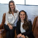 How two female founders bootstrapped & built a viral product that customers love (including…