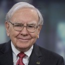The 10/10/10 Method: Make Decisions Like Warren Buffett and Ray Dalio