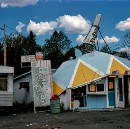 These hopeful roadside snapshots show a sci-fi future that never came