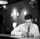 Eating alone at work. Is this really good for you or your team?