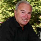 Go to the profile of Ken Auletta