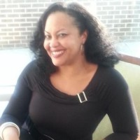Author Dee Lawrence