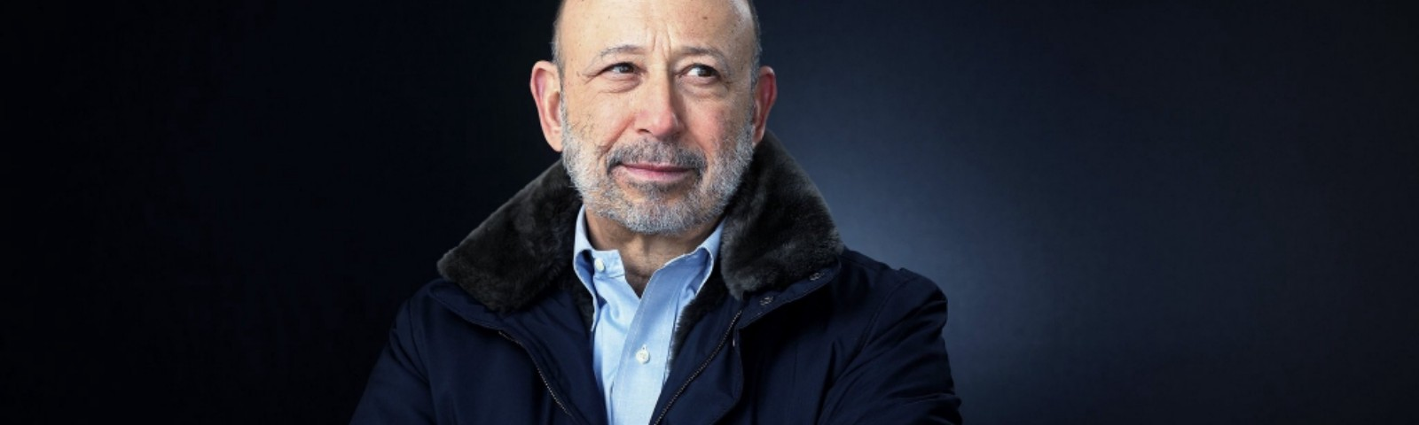 Goldman links Blankfein pay to beating rivals