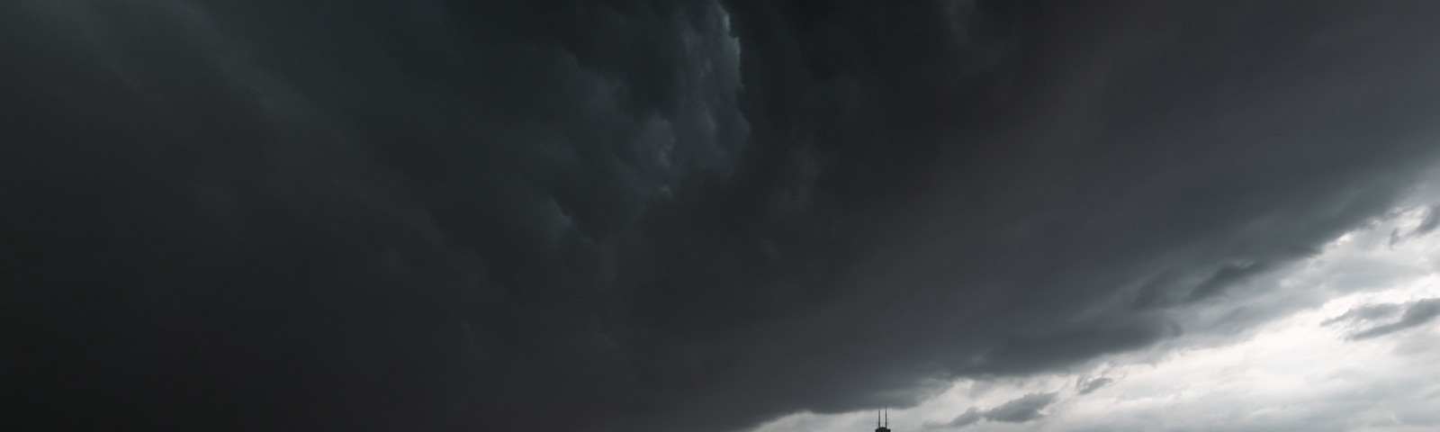 Photo by Nick Ulivieri from Chicago's Derecho Storm (8.10.20)