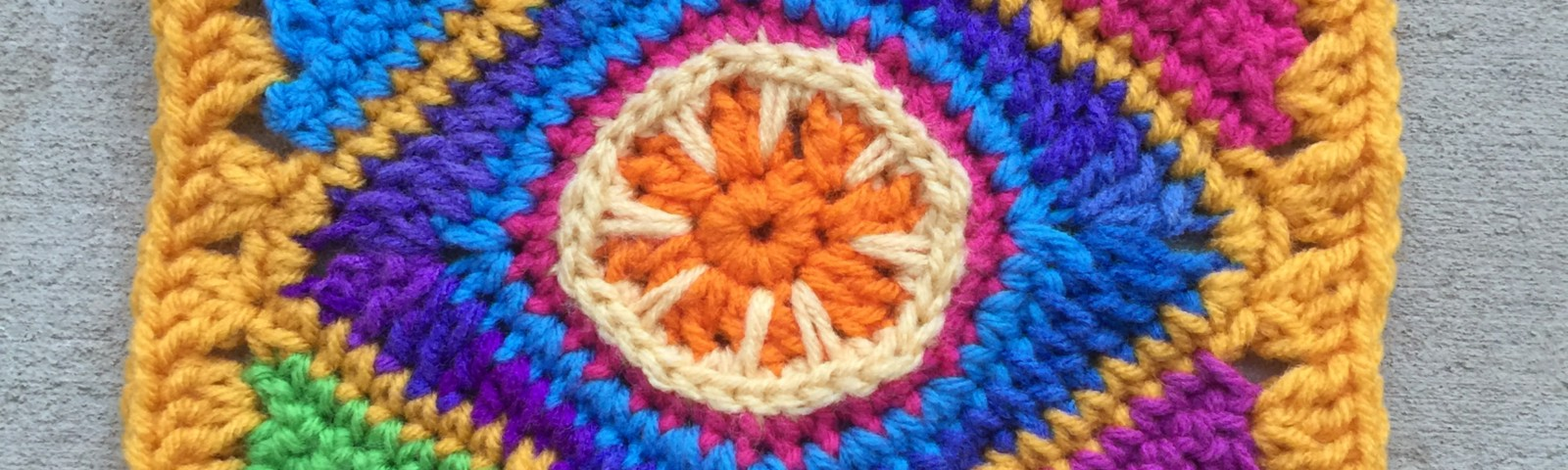 Square C-3, a combination of crochet circles and crochet triangles which form a crochet square