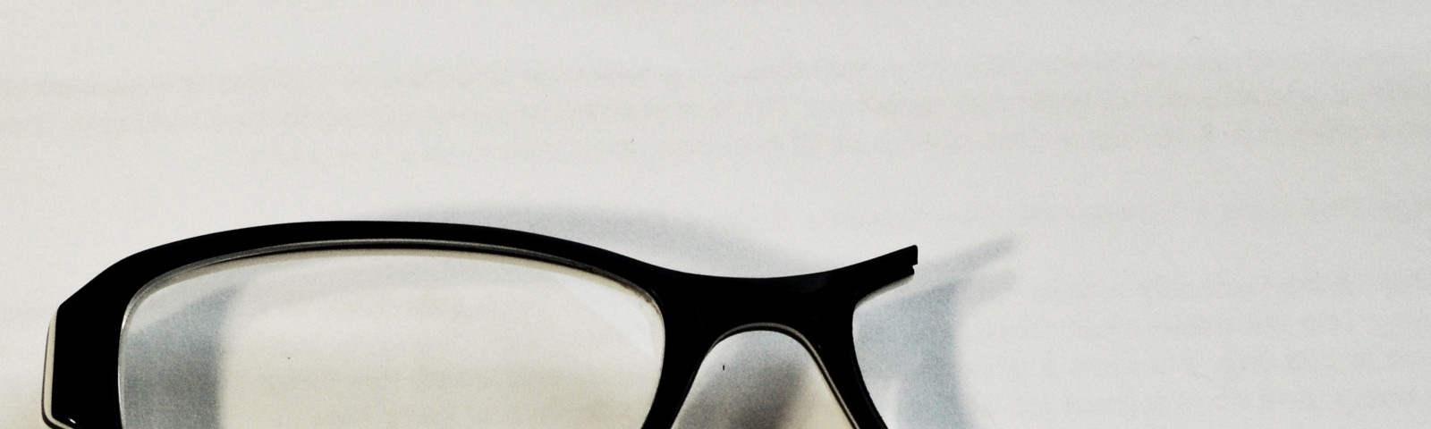 93f07c26d1 6 Reasons Why Buying Cheap Glasses Online May Be the Worst Deal Ever