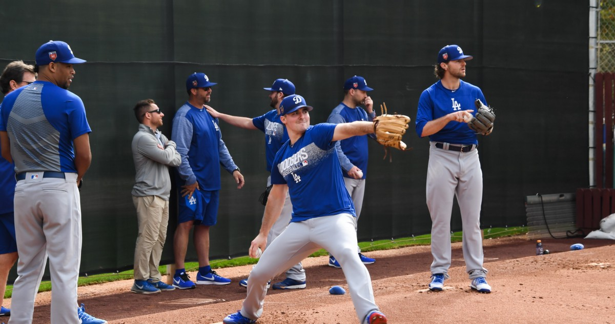 Photoblog: Pitchers & catchers report – Dodger Insider
