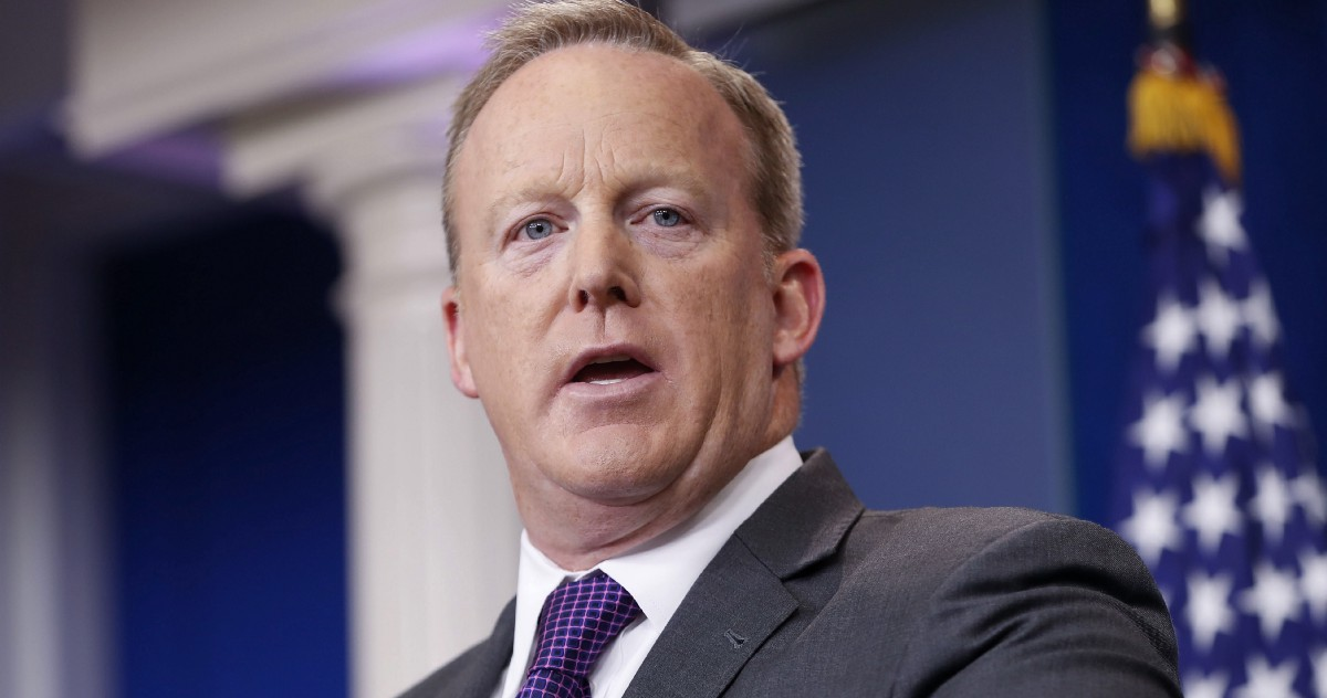 photo image Spicer is telling a lie about the Don Jr. meeting that Trump already abandoned
