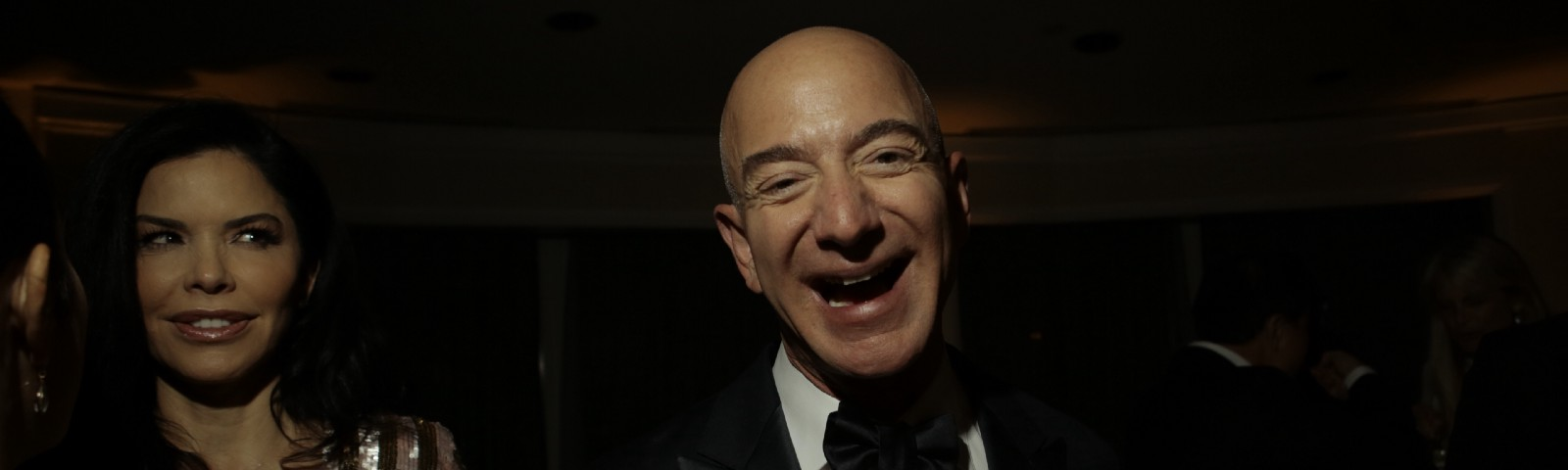 e8f6b73d66ef54 How Jeff Bezos Went to Hollywood and Lost ControlHow Jeff Bezos Went to  Hollywood and Lost Control. The Amazon billionaire ...