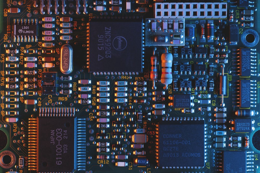 Market & Innovation—What to know about Semiconductor Tech