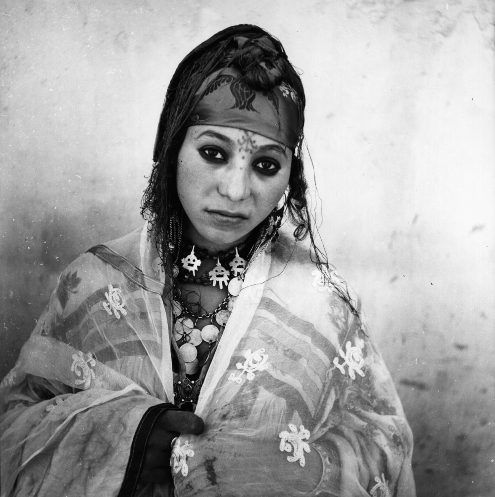 These Algerian Women Were Forced To Remove Their Veils To Be Photographed In 1960-7632