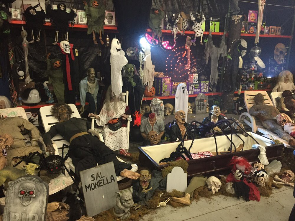 Halloween Stores Near Me – Glendale Halloweenss – Medium