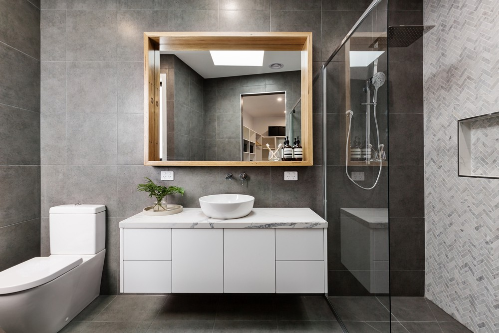 Charmant Homes: 5 Budget Friendly Bathroom Decor Tips