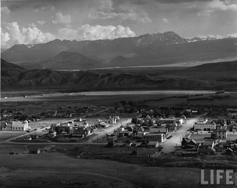the life of an american country doctor was heroic necessary and the small town of kremmling colorado sits on a high elevation plateau beneath the rocky mountains its roughly 1 000 person population has barely grown