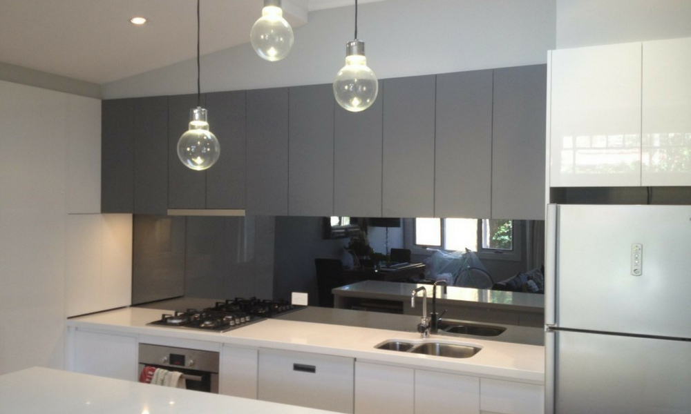 Mirror Splashback: The Ultimate Solution For Your Kitchen