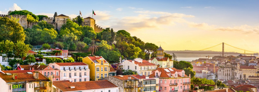Lisbon boasts 2799 hours of sun per year