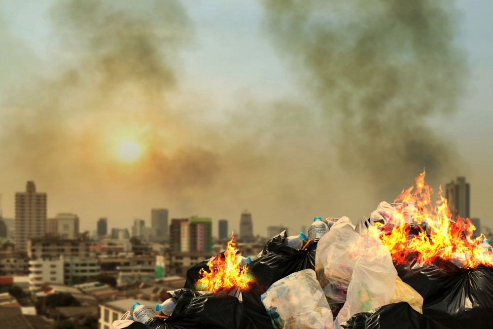 causes of air water and land pollution