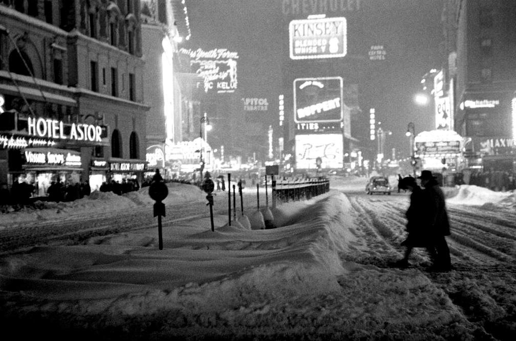 christmas in times square - Christmas In Black And White