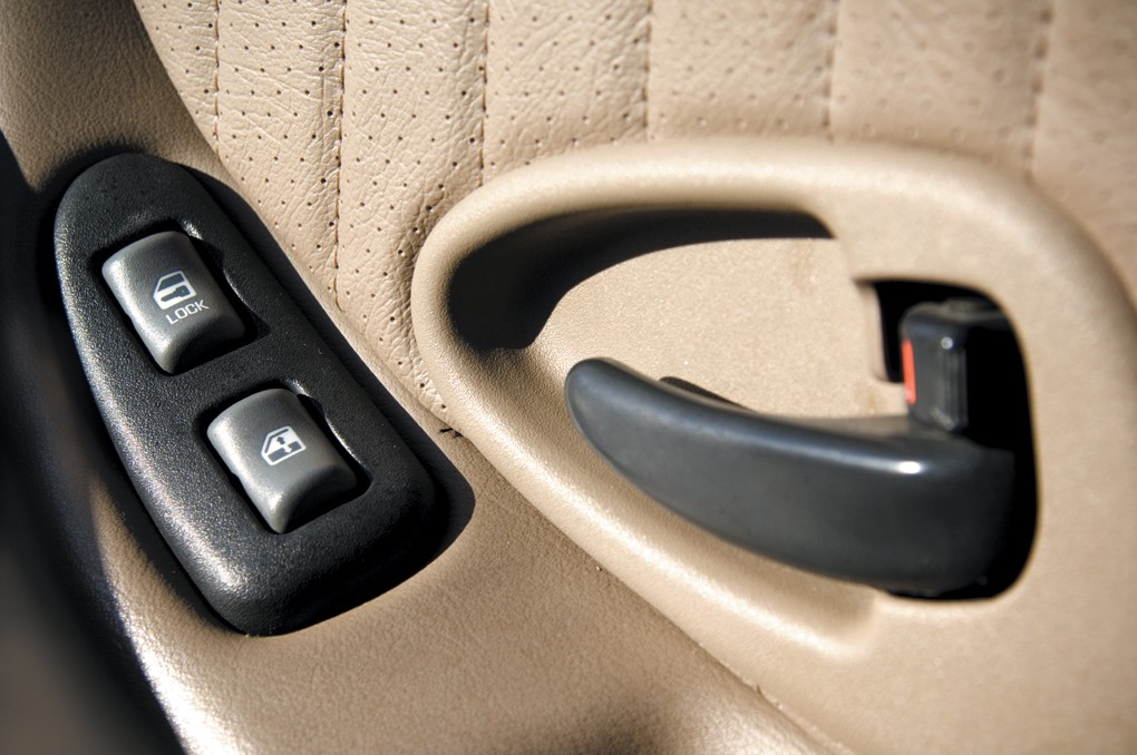 & Lock your car doors to keep out thieves u2013 Northeast Times pezcame.com