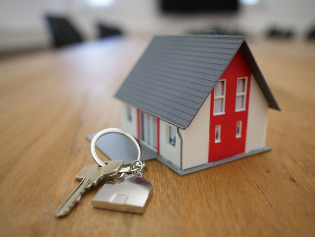 Why Do Seniors Turn To Reverse Mortgages During Financial Emergency