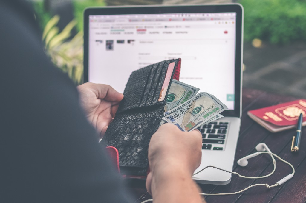 How I made $1300 in Freelance Writing