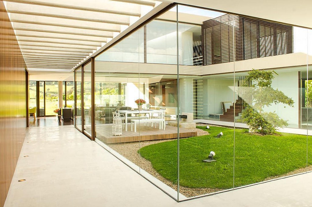 Advantages of Frameless Glass Doors – Stedone Homes – Medium