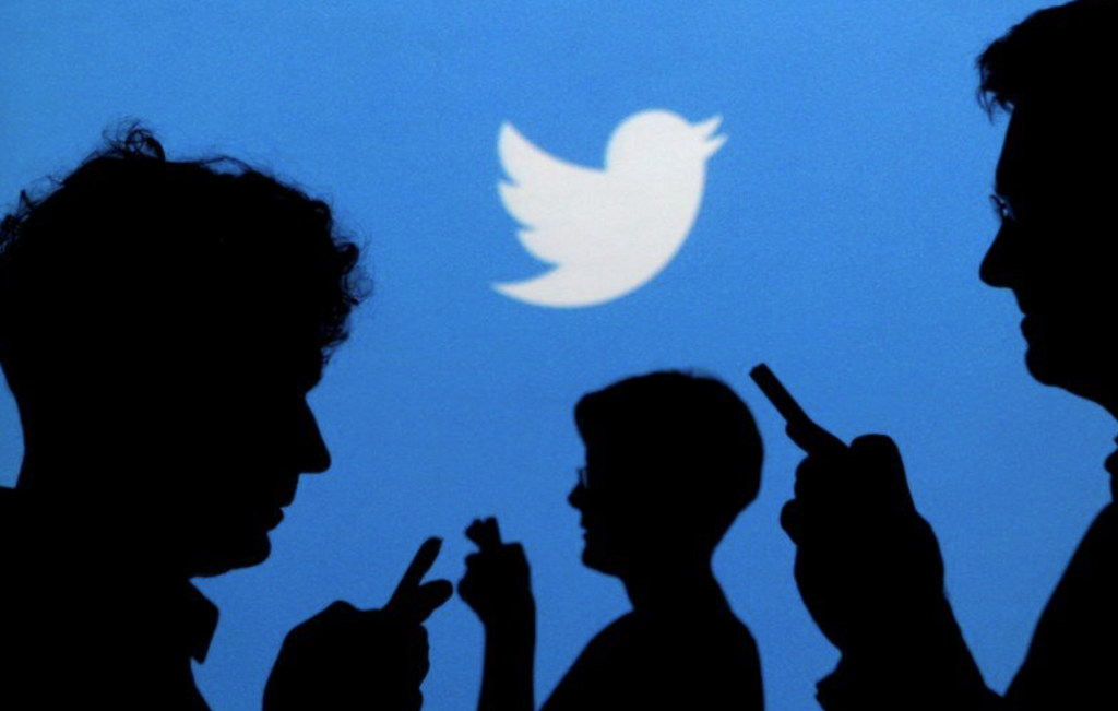 Friday Five: Twitter tests 'misleading' post report button image