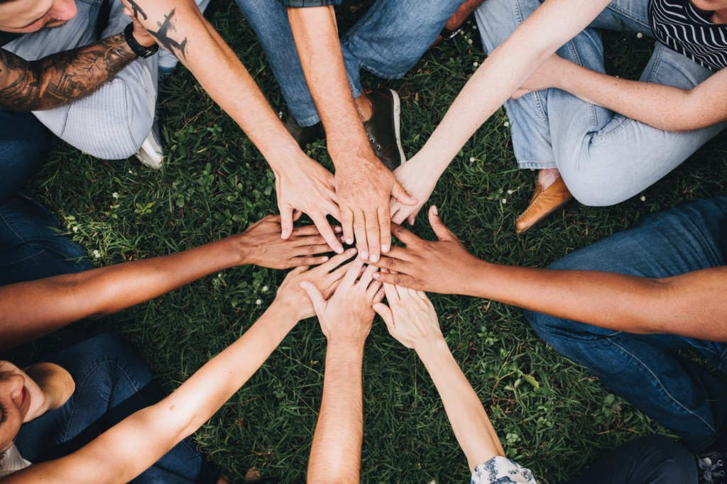 8 Simple Team Building Exercises for Marketing Managers