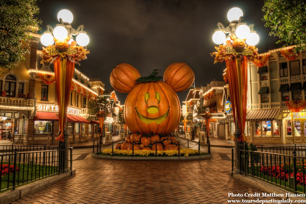 Your Guide to 2016 Halloween Time and Mickey's Halloween Party at ...