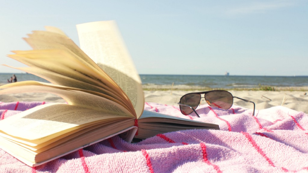 What Tops the Salesforce Ohana's Summer Reading List?