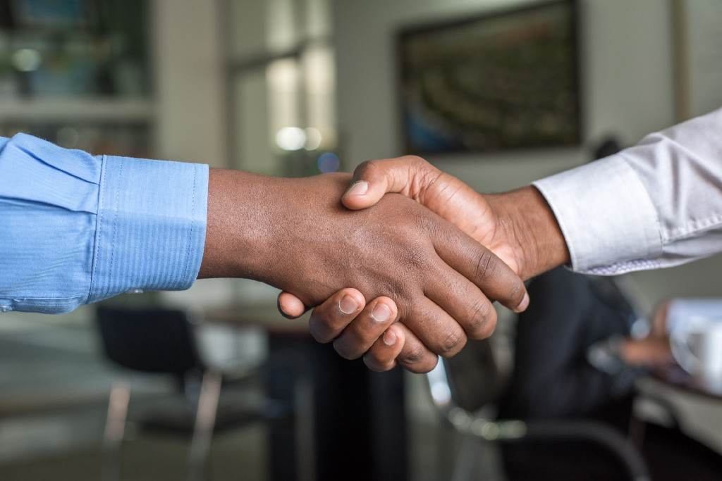 7 Ways to Negotiate Better With Anyone (Especially if You Hate to Negotiate)