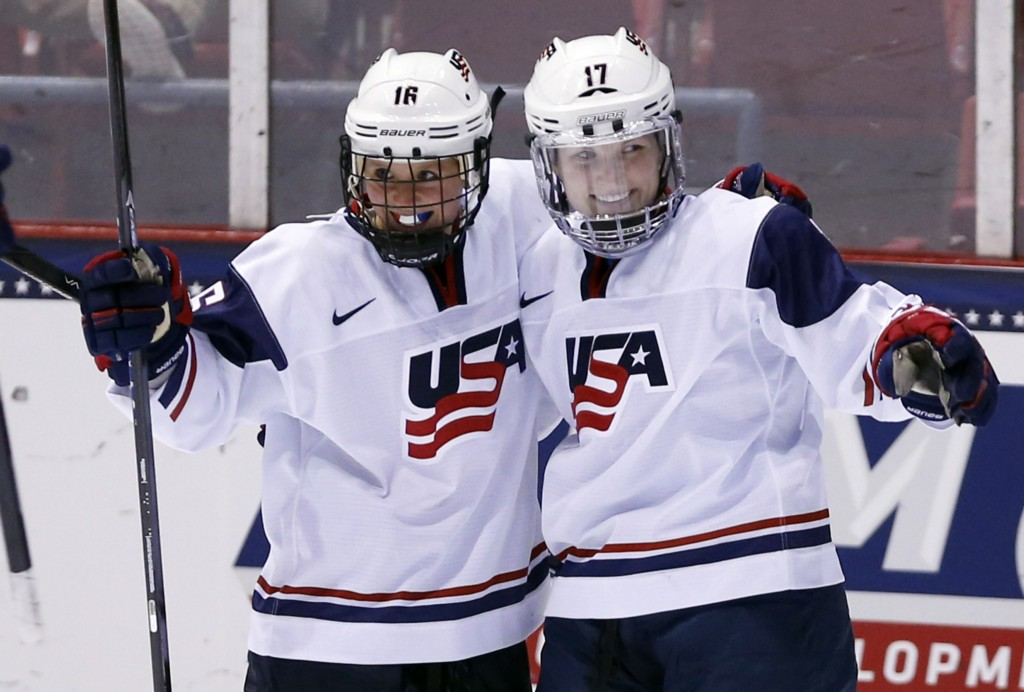 Women's national team ends boycott after securing historic contract from USA Hockey
