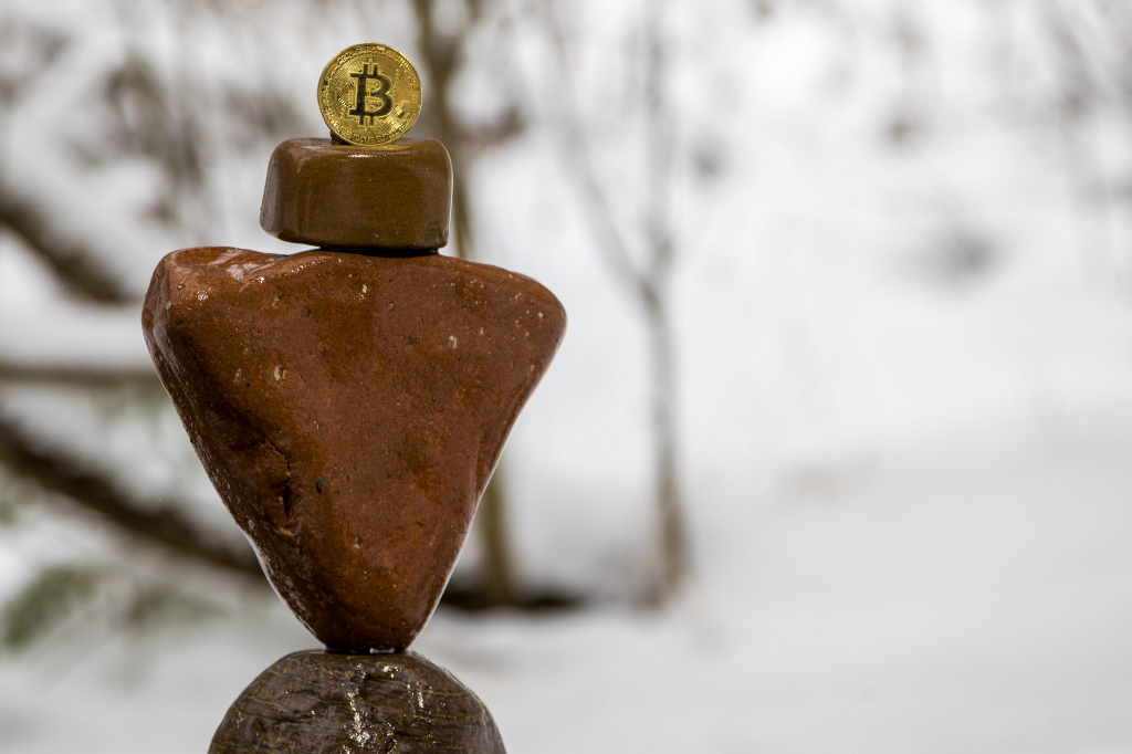 Stablecoins: designing a price-stable cryptocurrency