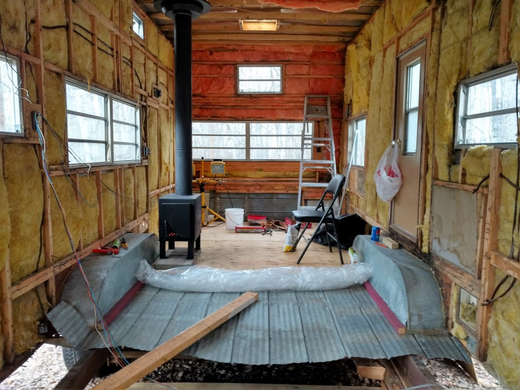 Convert Travel Trailer To Off Grid Tiny Home For 3000 Part 1 Demolition Undercarriage Rebuild