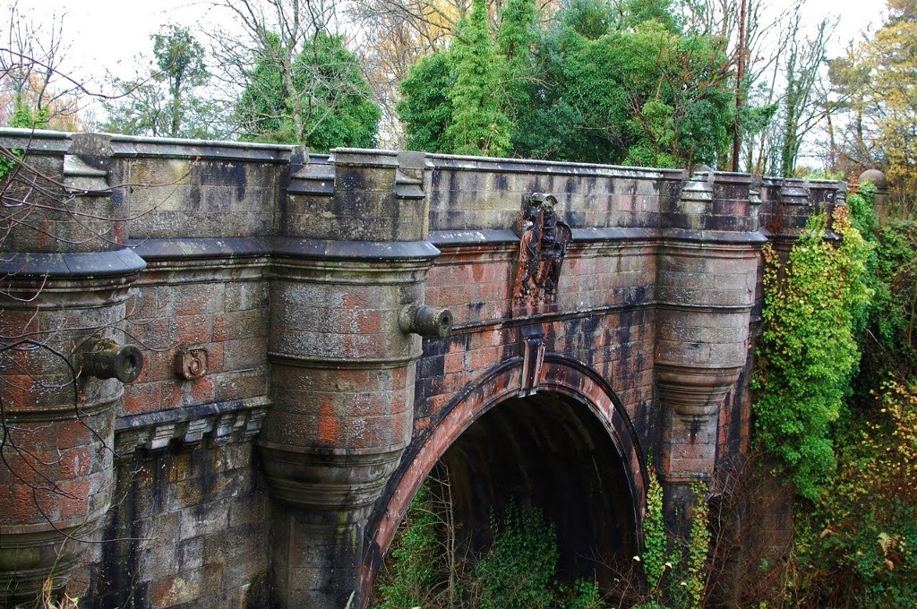 Image result for overtoun bridge in scotland